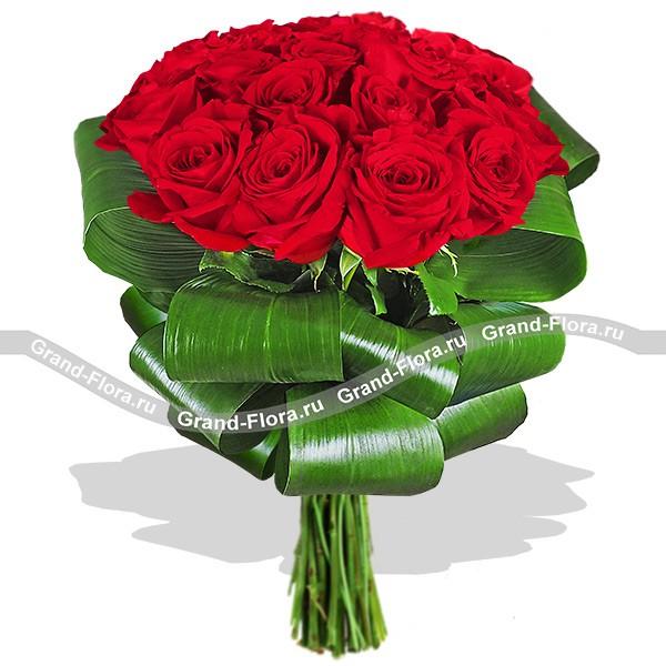 svadebnie-neobichnie-buketi-dostavka-ufa-tsvetov-moskva-semitsvetik